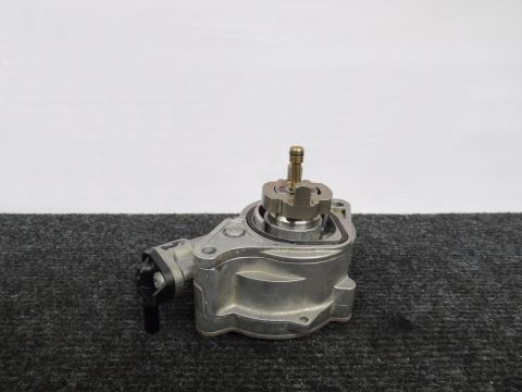 Jaguar V8 5.0 Supercharger Vacuumpomp