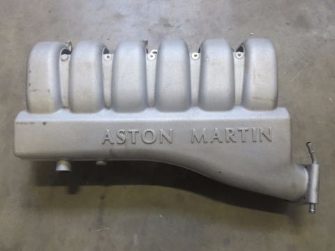 Aston Martin DB9 V12 Inlaat R
