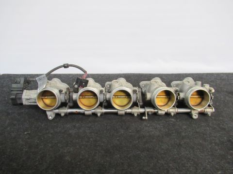BMW M5 E60 E61 M6 E63 S85B50A Gasklephuizen